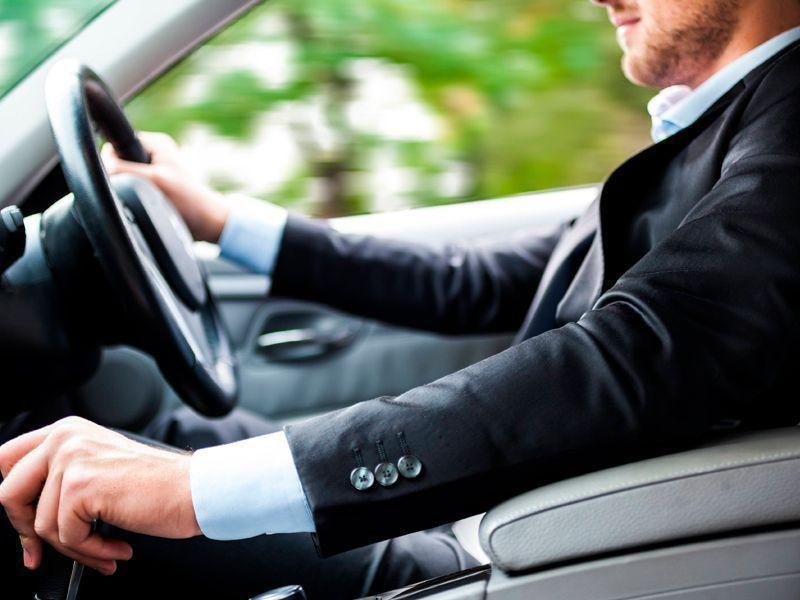 Alquiler de vehiculos con conductor en Cordoba - alquiler vehiculos conductor01