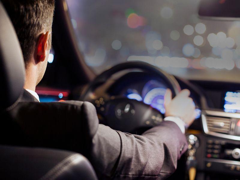 Ventajas de alquilar un coche con conductor - Ventajas de alquilar un coche con conductor
