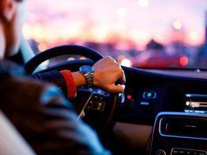 Alquiler de coche con conductor en Sevilla - alquiler de coche con conductor02 300x225