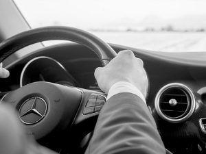 Coches con conductor en Sevilla - coches con conductor03 300x225
