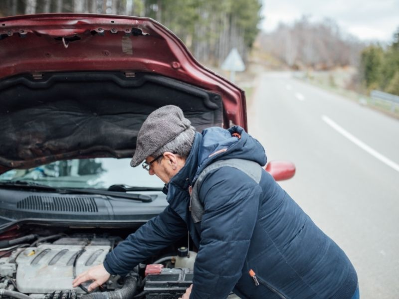 ¿Cómo actuar si tienes una avería en la carretera? - como actuar si tienes una averia en carretera